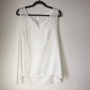 August Silk   Sleeveless Embroidered Tunic White